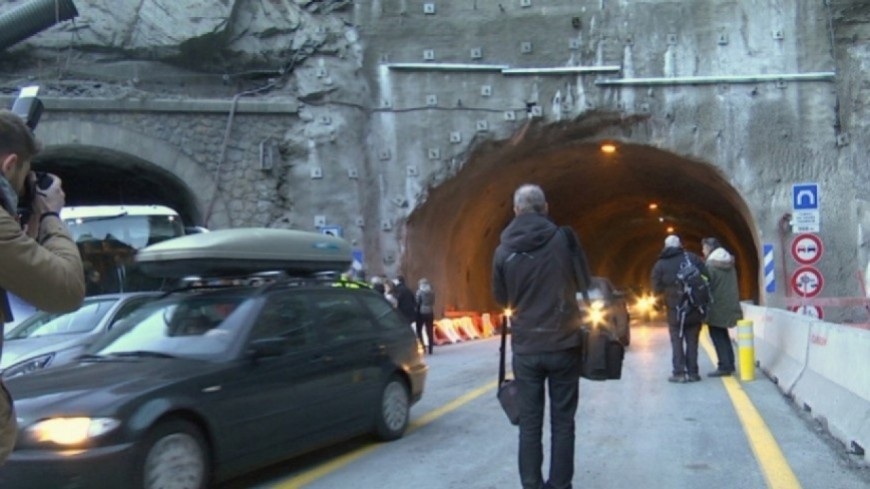 Hautes-Alpes : le tunnel du Chambon fermé totalement sur la RD1091