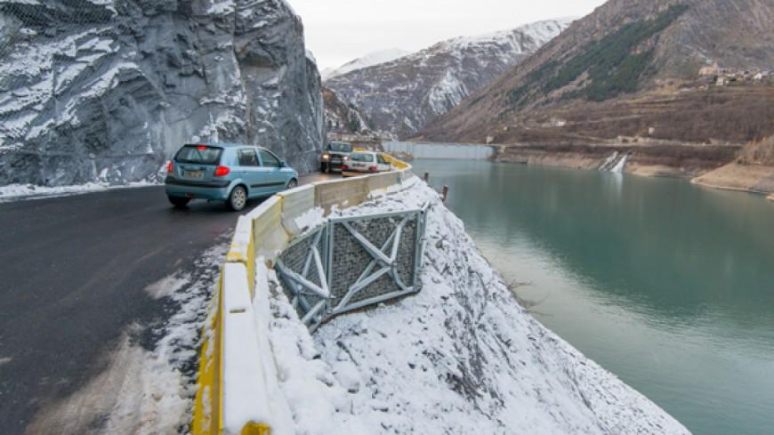 Hautes alpes la route de secours du chambon n 39 ouvrira for Haute route des alpes