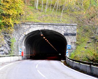 Hautes-Alpes : Chambon, 250.000 tonnes de rochers pourraient chuter dans le lac