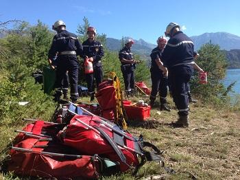 Hautes-Alpes : entrainement des commandos feux de forêts à Serre-Ponçon