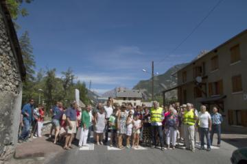 Hautes-Alpes : Manifestation pour une déviation à la Roche de Rame