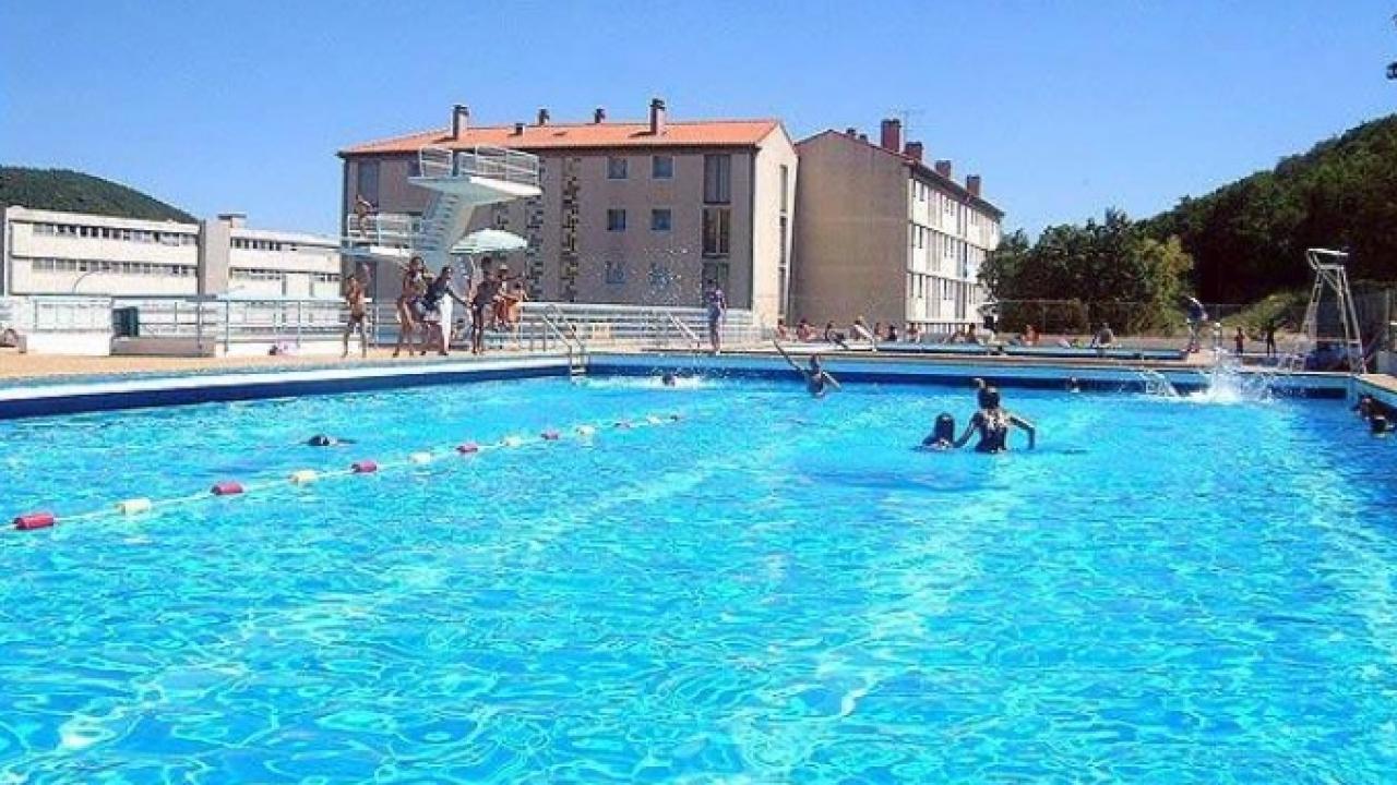 alpes de haute provence la piscine municipale de
