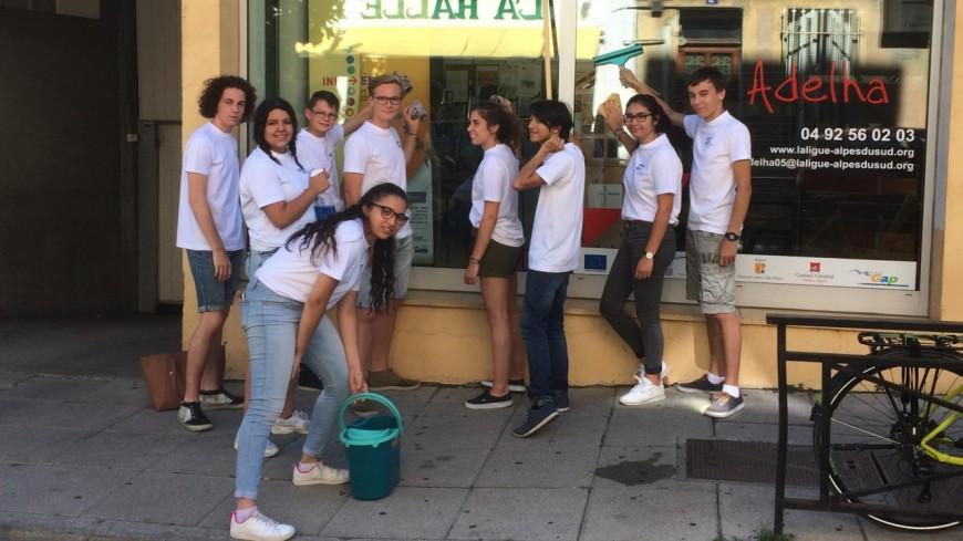 Hautes-Alpes : 11 jeunes de Gap lancent leur entreprise de services