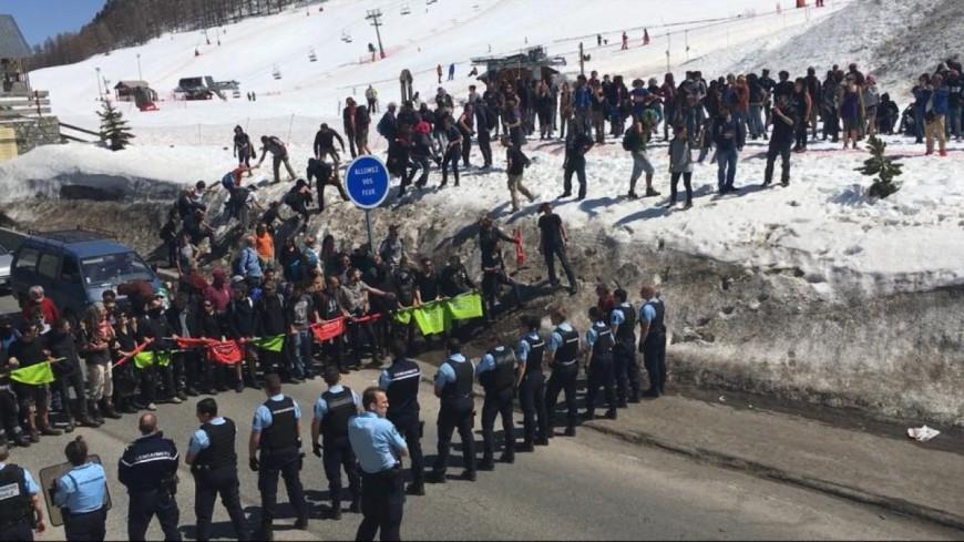"""[MAJ] Hautes-Alpes : plus de 150 militants """"antifascisti"""" font chemin sur Briançon"""
