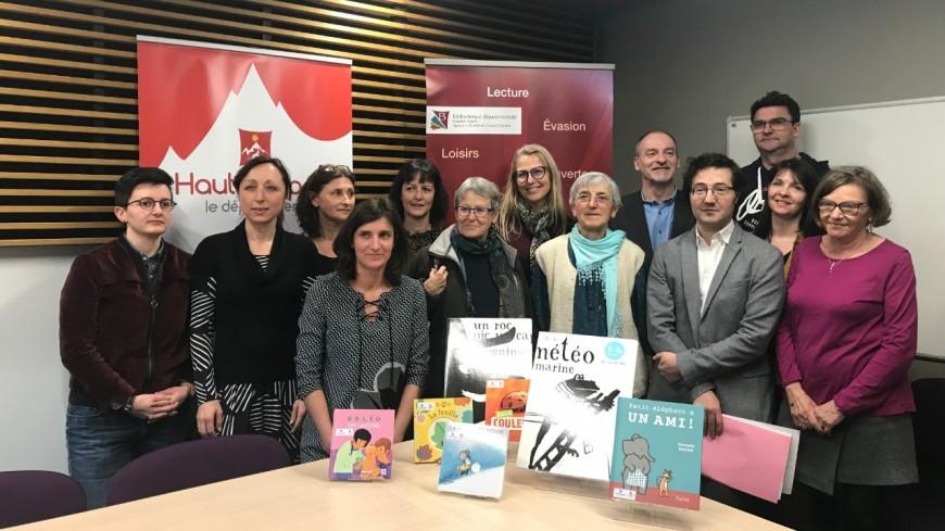 Hautes-Alpes : le département et l'association ADELHA s'unissent dans le cadre de « Lire et faire lire »