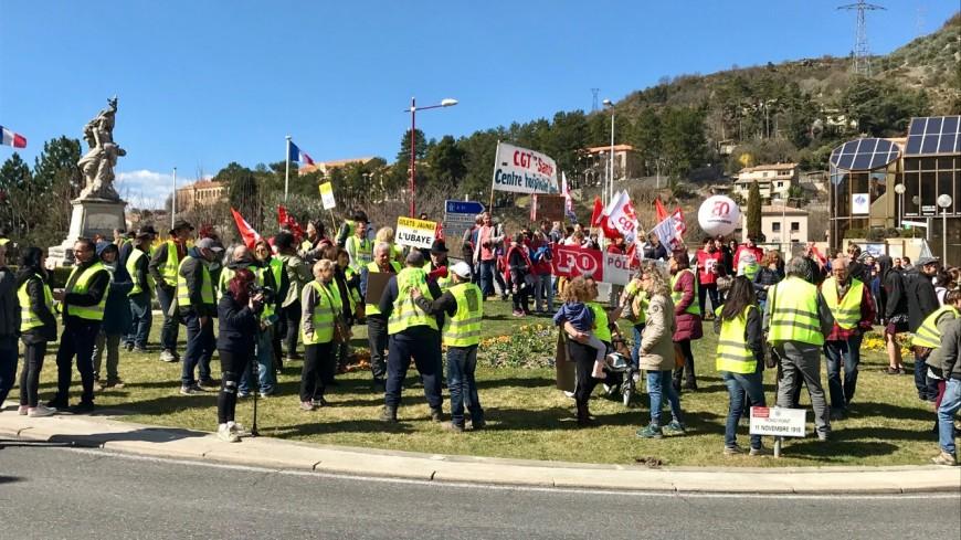 Alpes du Sud : quand le jaune rejoint les drapeaux des syndicats