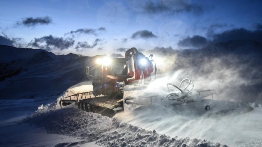 Hautes-Alpes : deux dameurs de Risoul, champions de France des conducteurs d'engins