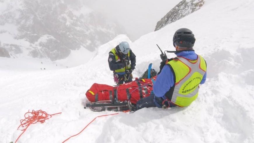 Hautes-Alpes : un skieur hors-piste chute au Glacier Blanc