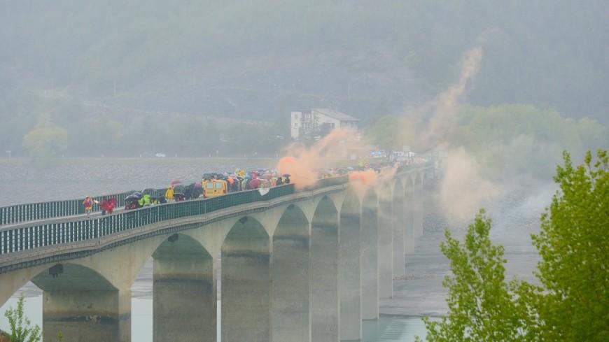 Hautes-Alpes : 800 voix pour s'opposer à la privatisation du barrage de Serre-Ponçon