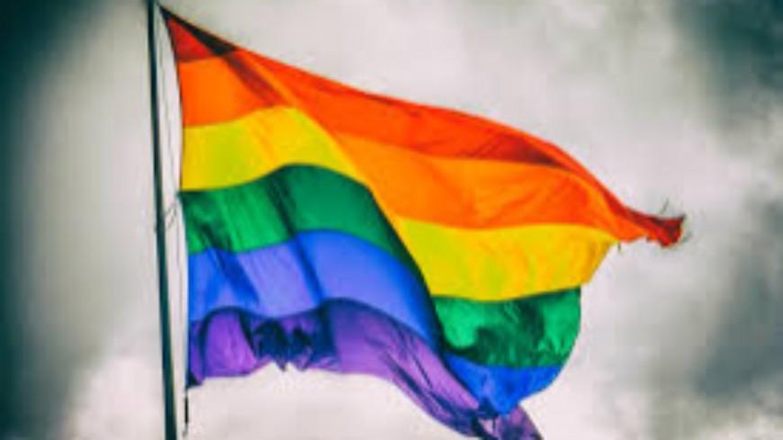 Hautes-Alpes : une députée et une association LGBTI réunies pour une photo
