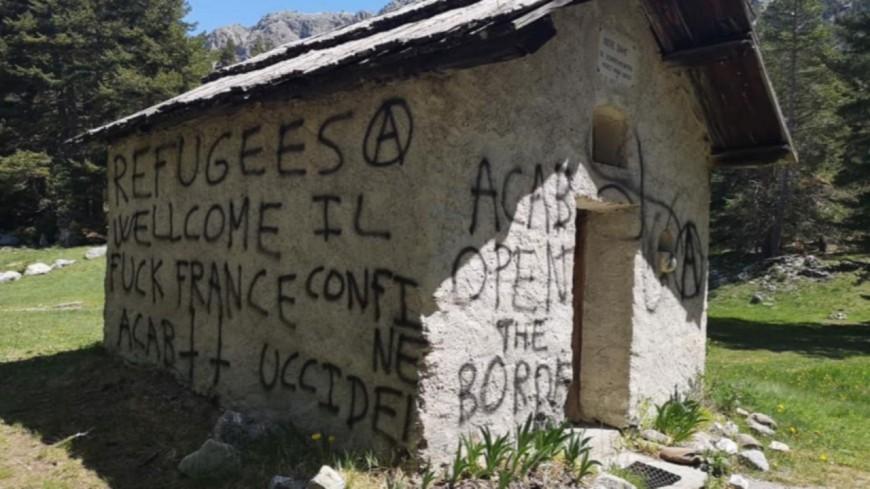 Hautes-Alpes : tags au col de l'Echelle, le maire de Briançon appelle au calme