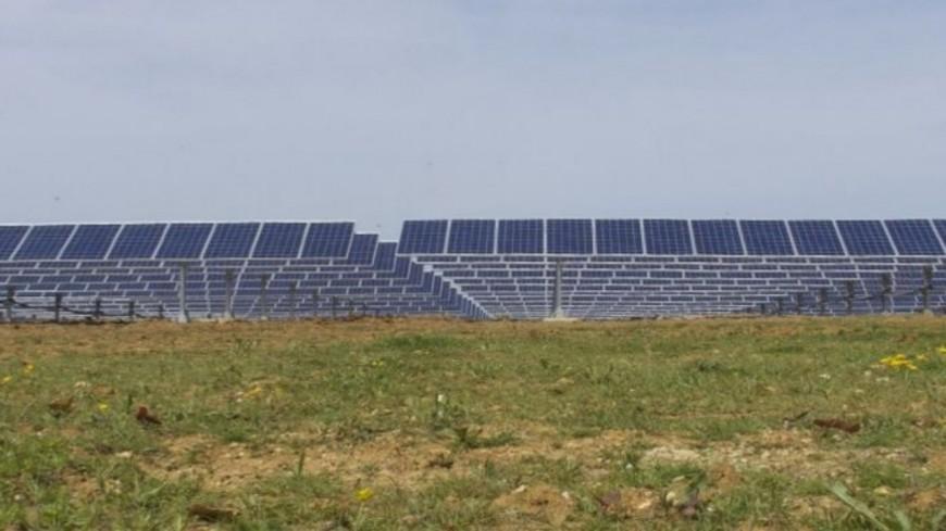 Alpes de Haute-Provence : un parc solaire qui rapporte plus que le livret A
