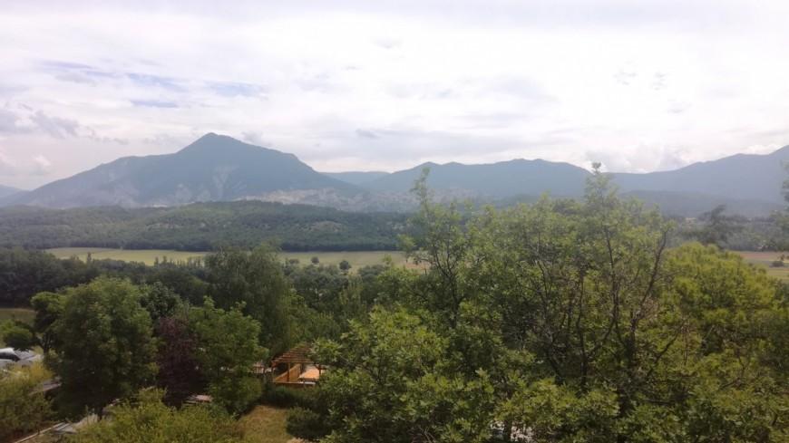 Hautes-Alpes : Aspres sur Buëch, un centre pour offrir à des jeunes en difficulté, une deuxième chance