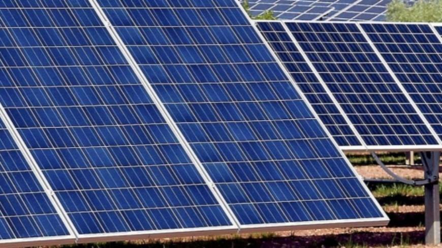 Alpes de Haute-Provence : les bâtiments publics et les parkings de la ville de Manosque équipés de panneaux photovoltaïques
