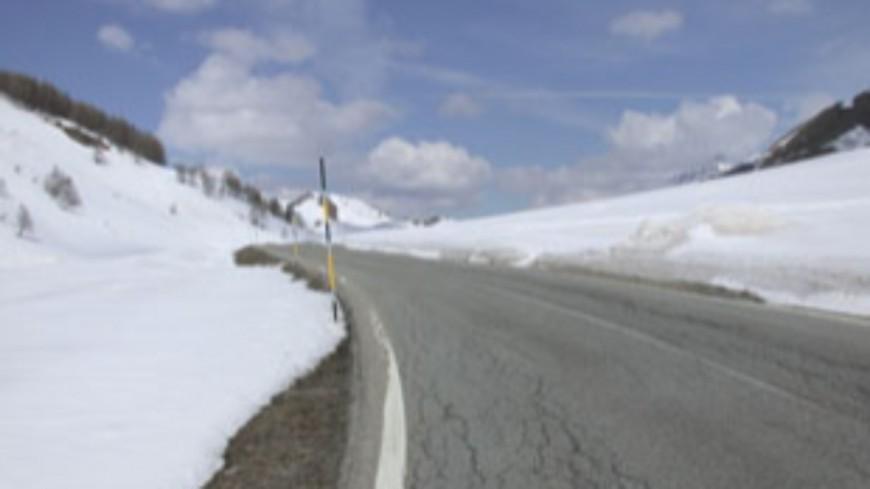 Hautes Alpes : savoir conduire sur une route enneigée ou verglacée