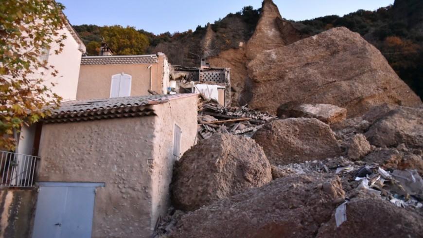 Alpes de Haute-Provence : les Mées, le choc