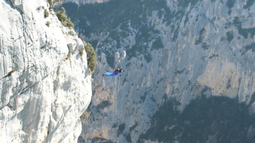 Alpes de Haute-Provence : base jumper dans le Verdon, il est sain et sauf (MAJ)