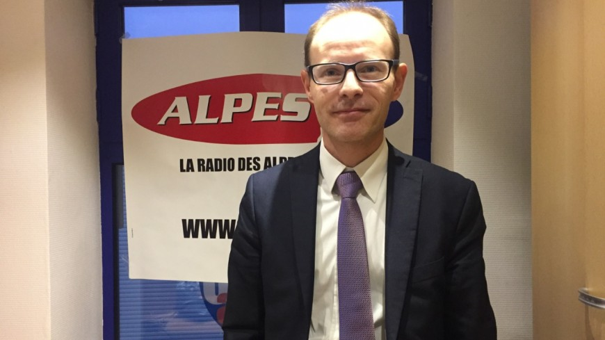 Hautes-Alpes : « mettre de l'humanité derrière chaque dossier »
