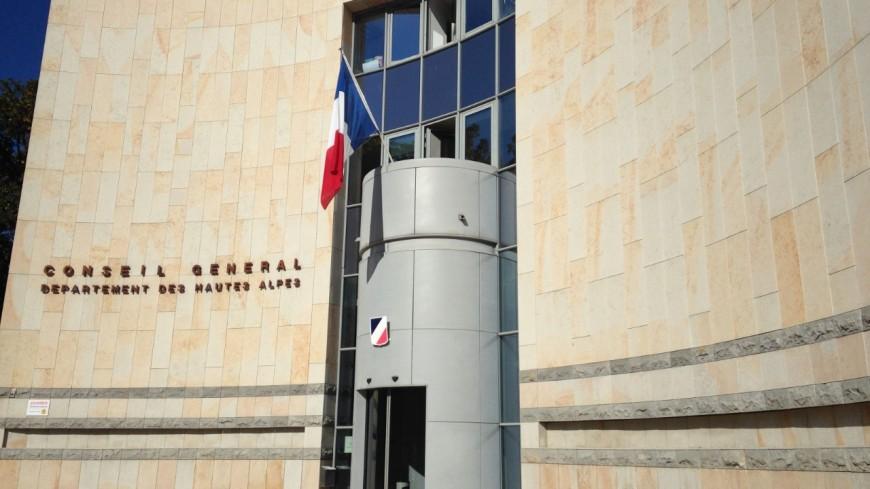 Hautes-Alpes : le Département bloqué par des représentants syndicaux