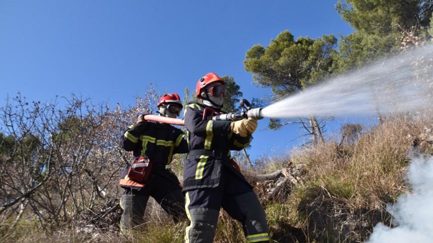 Alpes de Haute-Provence : un feu de forêt sur la commune de Manosque