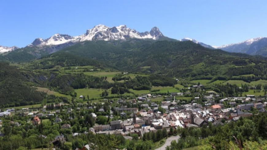 Alpes de Haute-Provence : municipales à Barcelonnette, un duel entre deux listes citoyennes