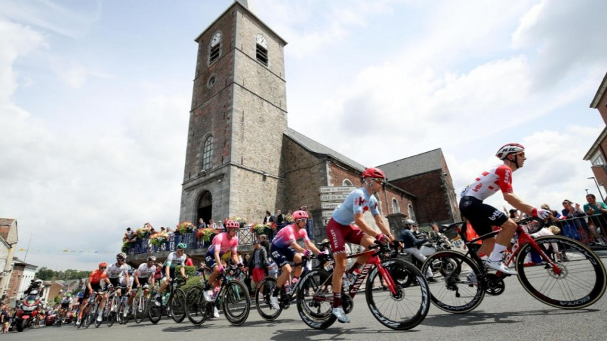 Sport : Quel avenir pour le tour de France ?