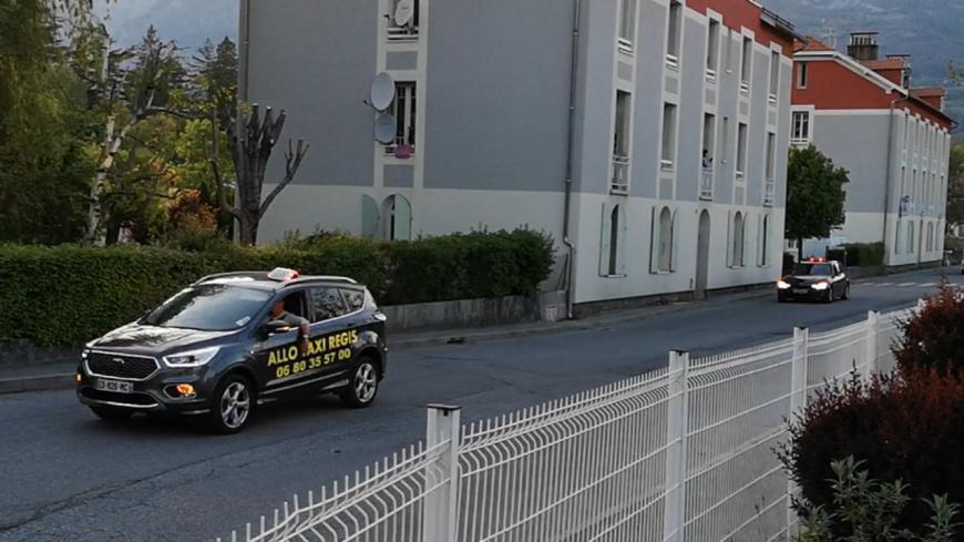 Coronavirus : à Gap, les taxis solidaires des soignants.