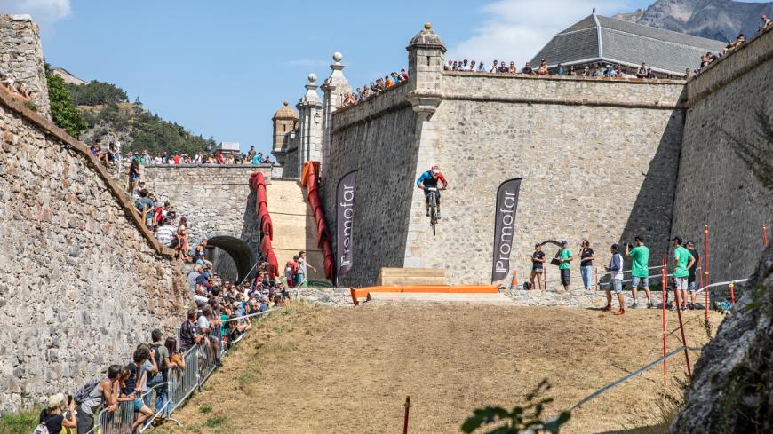 Hautes-Alpes : La 5ème édition des GRAVITY GATES se préparent à Briançon.