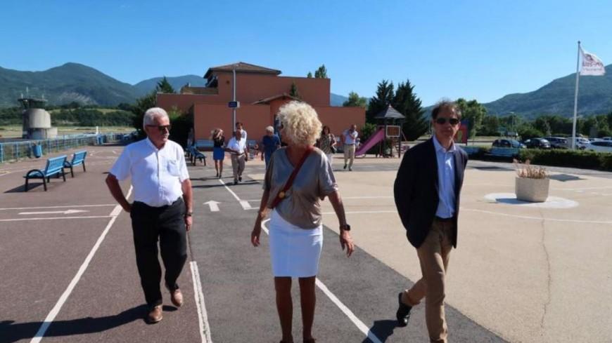 Hautes-Alpes : Rencontre du Département avec les entreprises de l'aérodrome de Gap-Tallard.
