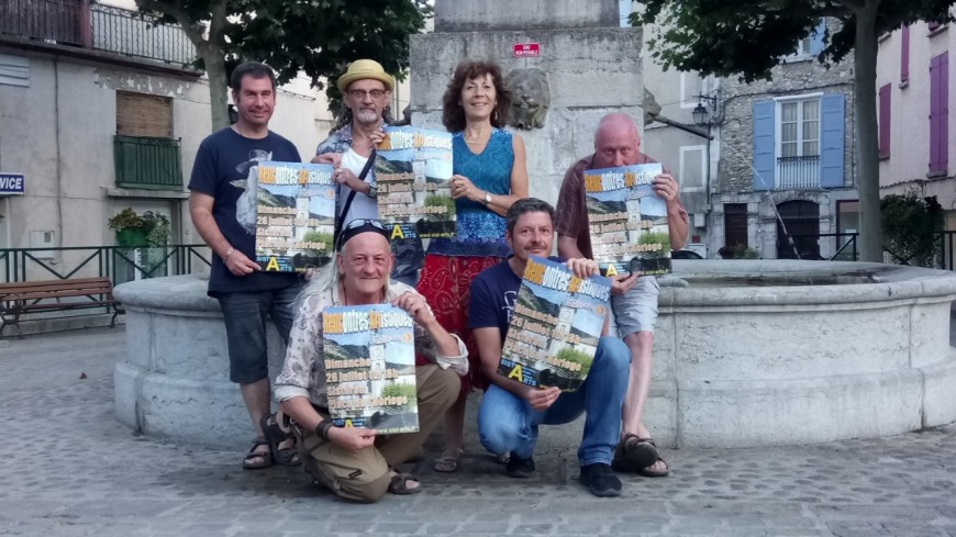 Alpes de Haute-Provence : Les Rencontres d'artistes investissent la place de l'horloge de Sisteron