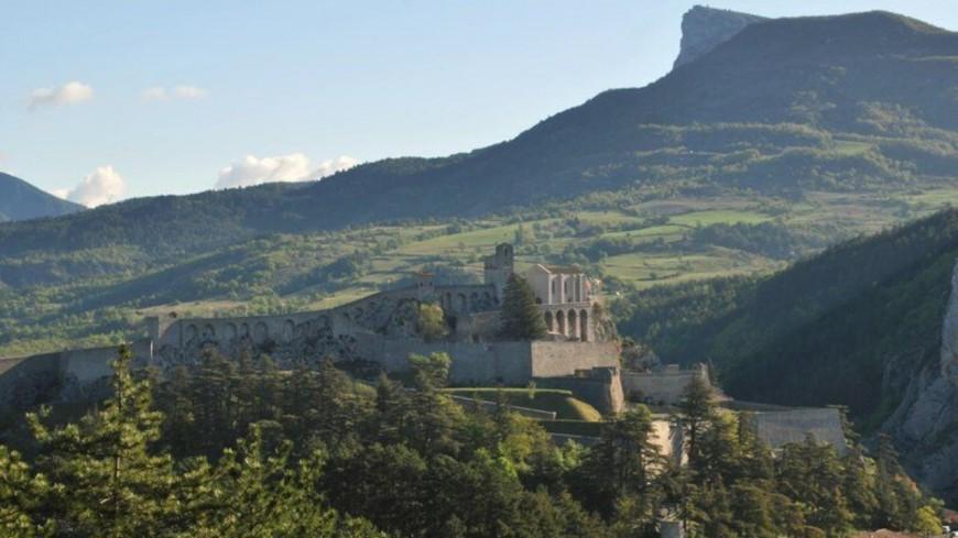 Alpes de Haute-Provence : Interdiction des massifs de Sisteron.