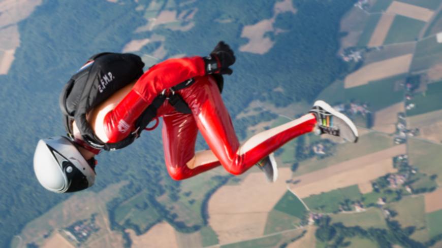 Hautes Alpes : les équipes de France de parachutisme à l'entrainement à Tallard