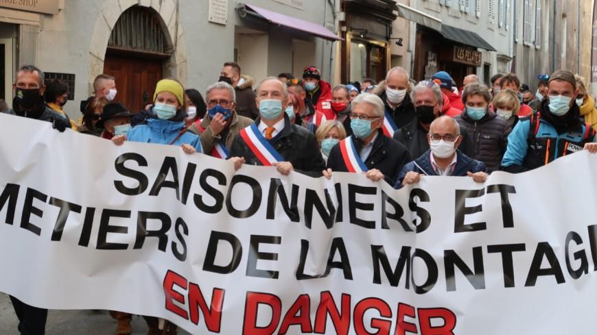 Alpes du Sud : les élus vent debout contre la fermeture des stations