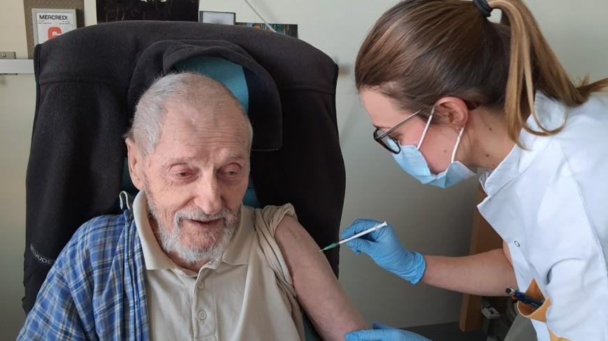 Alpes du Sud : top départ de la campagne de vaccination contre le Covid-19
