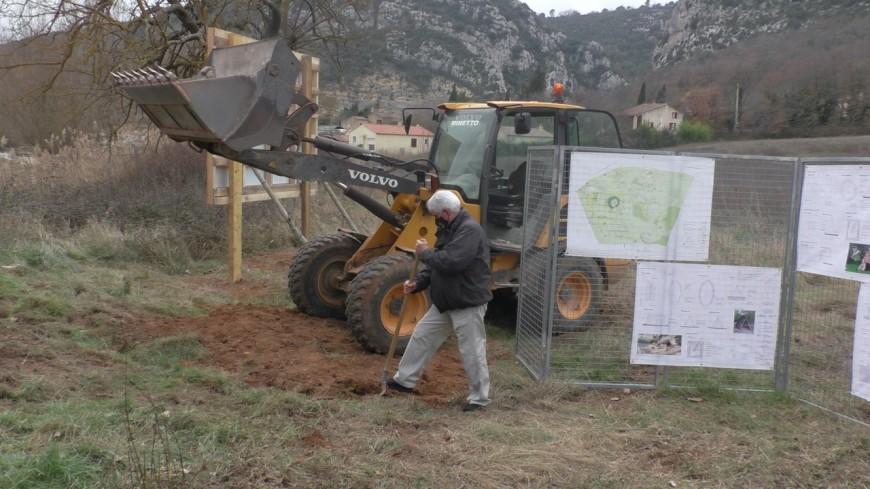 Alpes de Haute-Provence : le chantier du nouveau village Préhistorique lancé