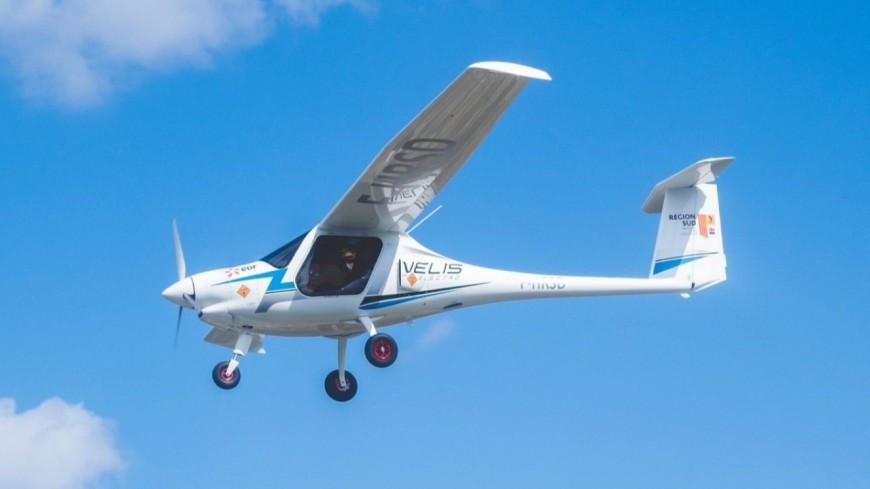 Alpes de Haute-Provence : les pilotes de demain formés sur avion électrique