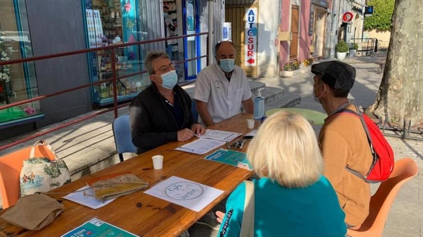 Alpes de Haute-Provence : ça vaccine au marché de Riez