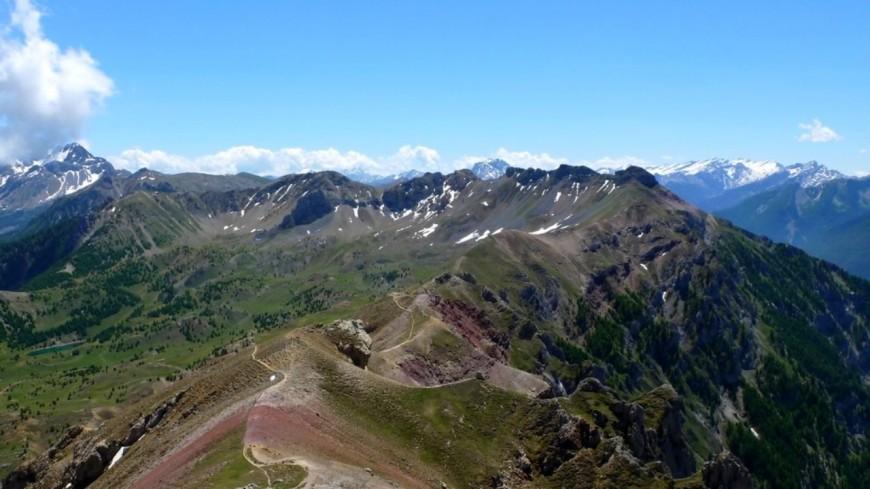 Hautes-Alpes : Boscodon, une chaussure et un os découverts