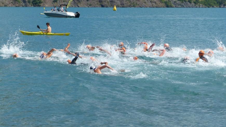 Hautes-Alpes : l'EDF Aqua Challenge fait étape sur le lac de Serre-Ponçon