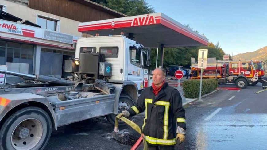 Hautes-Alpes : 50 pompiers mobilisés sur un incendie à Embrun