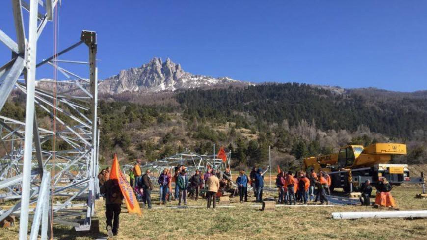 Hautes-Alpes : Avenir Haute-Durance veut suspendre le chantier RTE