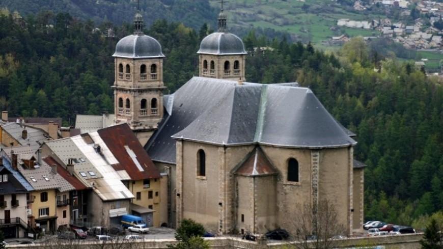 Hautes-Alpes : la Collégiale sur France 2 à l'occasion de ses 300 ans