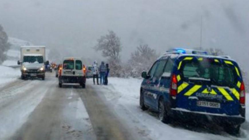 Hautes-Alpes : interdiction des véhicules non équipés pour la neige