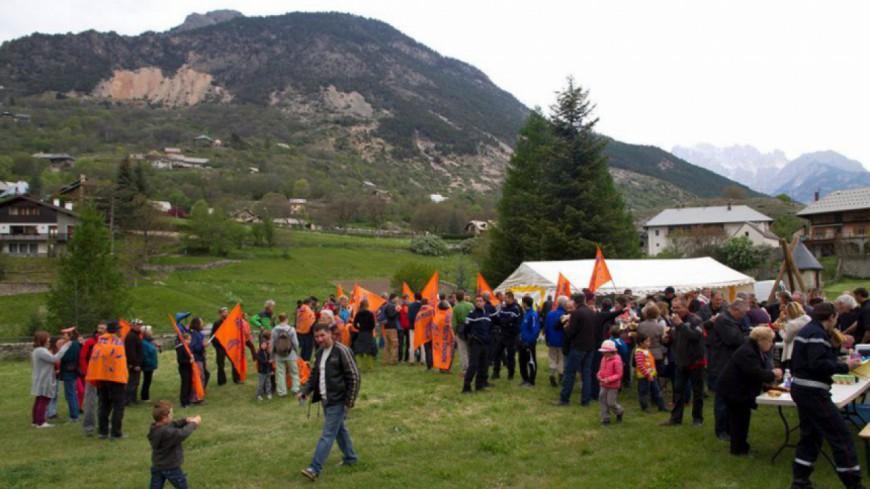 Hautes-Alpes : THT, la majorité départementale soutient Jean Conreaux, et le collectif No THT s'explique