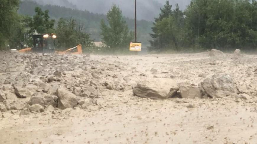 """Hautes-Alpes : le hameau de Sallé à Névache pourrait être classé en état de """"catastrophe naturelle"""""""