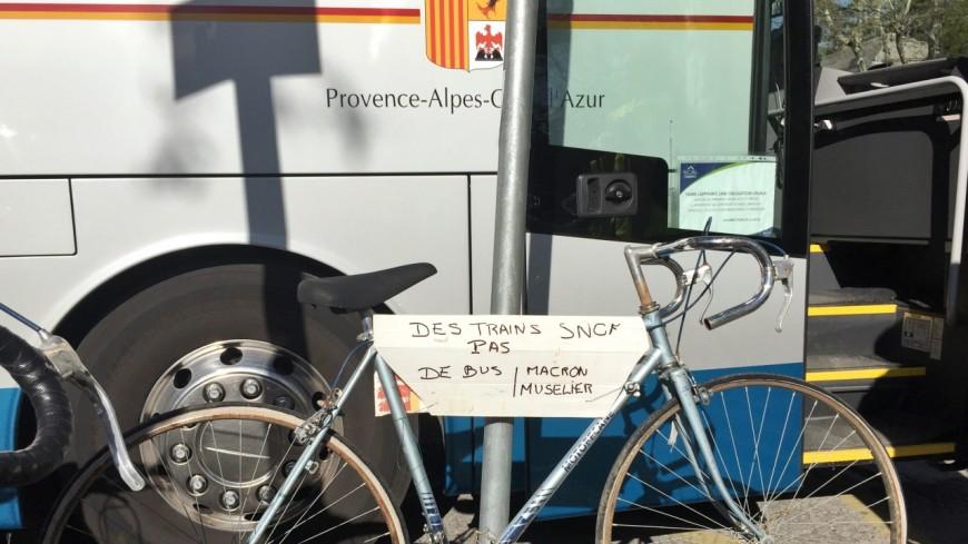 Hautes-Alpes : « on veut des trains publics et tout public ! »