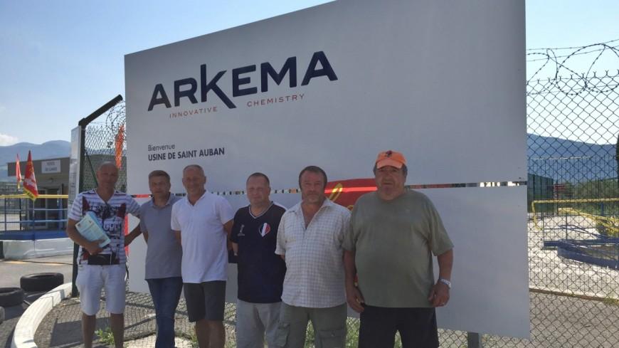 Alpes de Haute-Provence : [MAJ] le blocage de la porte d'entrée de la plateforme Arkema Saint-Auban est levé
