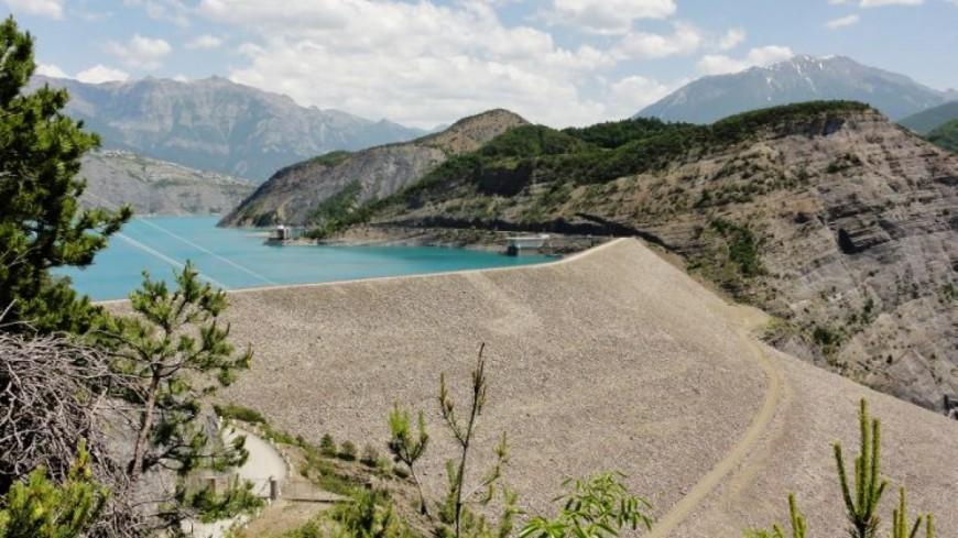 Hautes-Alpes : la privatisation des concessions hydrauliques, menace sur Serre Ponçon ?