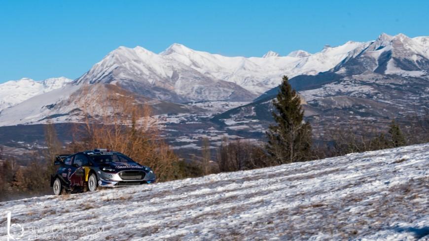 Alpes du Sud: Neuville en tête chassé par Ogier, Tanak en embuscade