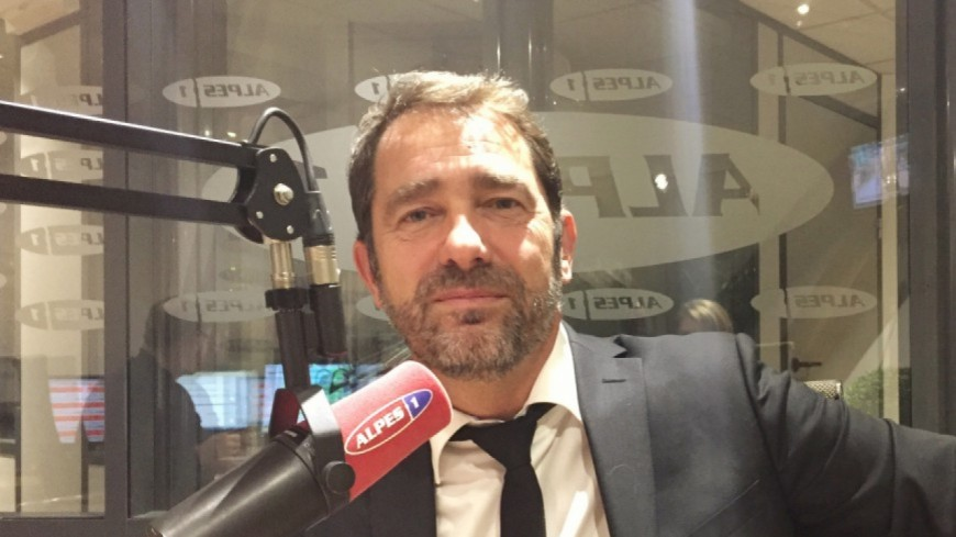 Alpes de Haute-Provence : Christophe Castaner « suspend » son appartenance au PS